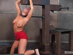 Natural tits slave mouth widen with rough face fucking in BDSM