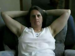 Meine Hausarbeit mache ich immer nur im Tshirtund Unterhose !