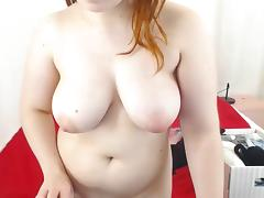 BBW Plays closer to the webcam