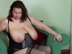 Mature BBW mother fingering her little cunt
