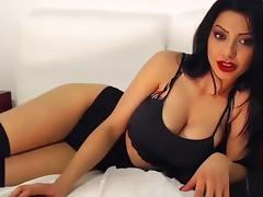 Hot and sexy webcam babe BornPerfect with big boobs