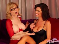 Cunt-sucking sluts Nina Hartley and Veronica Avluv nude and lustful