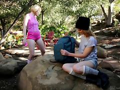 Kristen Scott and Chloe Couture love to play lesbian games