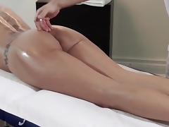 Fit German Mom Nuru Massage