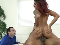 Daisy Ducati has her slippery cunt bashed by libidinous Dirk Huge