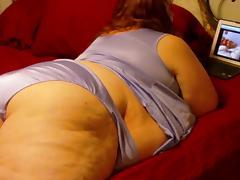 Sexy SSBBW Watching Porn
