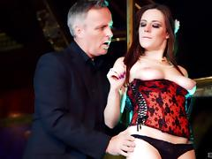 Hot stripper Samantha Bentley seduces a guy with her body
