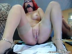 Sexy Kinky Camwhore Plays With Her Pussy And Squirts Hard