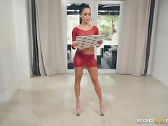 Phoenix Marie and other hot chicks enjoy nasty group sex sessions