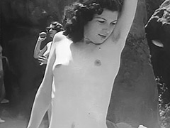 Teen Nudists Have a Good Time 1930
