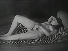 Hot Girl Playing with Her Friend 1940 porn video