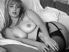 Astonishing Valerie Shows Her Body 1960 porn video