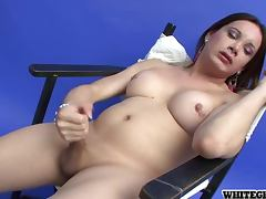 Sexy Transsexual Babe Yadi A Gives Herself a Handjob