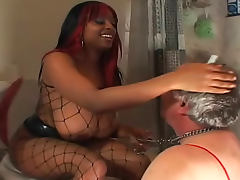 Black dominatrix pisses in his mouth porn video