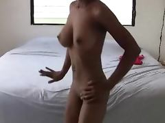 Mighty booty shake with exclusive Dominican girl porn video