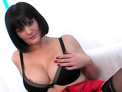 free Hooters tube videos