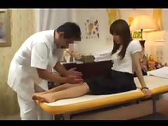 Japanese massage client takes boner porn video