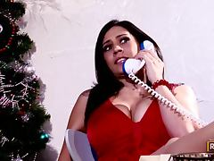 Voluptuous Brunette MILF Gets Unwrapped in Christmas
