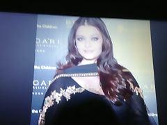 Hot milf Aishwarya Rai creamed