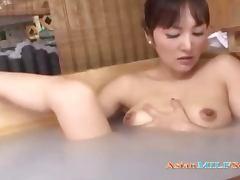 Milf Fingering Herself Having Orgasm In The Bath
