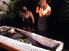 Donna d'Enrico La Saga du sexe 3