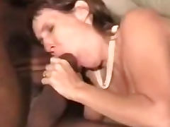 Bature british mommy in a cuckold interracial gangbang
