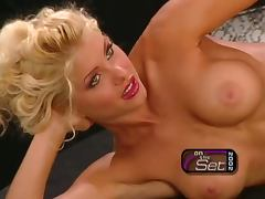 Blonde hottie Teri Harrison shows off her amazing body