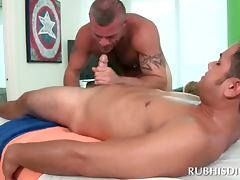 Gay blowjob on massage table with dick starved masseur