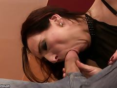 Mature Brunette Liza Bird Likes it Hard and Deep in Her Pussy