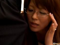 Mature Babe Gets A Shot Of Cum Blasted All Over Her Glasses