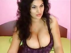 Big Boobs Brunette Cam Gril