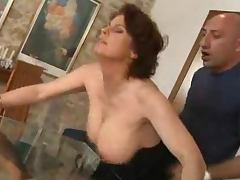 Mature lady gets naked and starts acting so damn naughty