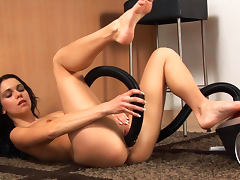 Housewife, Babe, Brunette, Housewife, Masturbation, Pussy