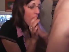 Amateur slutwife deepthroating and sucking a thick cock