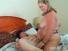 BBW blonde lesbo fucking her GF with a pink dildo