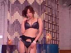Beautiful Nao Tachibana gives a blowjob and handjob