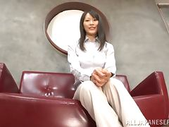 Kozue Hirayama and some dude practise grinding in an office