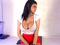 Hot and horny brunette phonesex girl