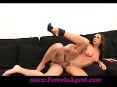 Gorgeos brown haired chick gets fucked by a Frenchman