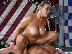 Abbey Brooks acquires oiled up rubbed down by her masseur porn video