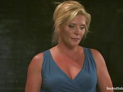 Mature lady Ginger Lynn is getting abused like in good old times porn video