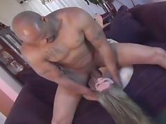 Blonde slut gets her sweet pussy banged