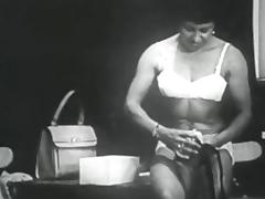 Retro Porn Archive Video: Femmes seules 1950's 08
