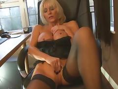 MILF not her Step son Blowjob... IT4REBORN