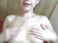 Naughty Teen Playing her Pussy