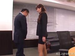 Some hot poses with a sassy office girl Maki Hokujo