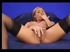 Clara morgane masturbation