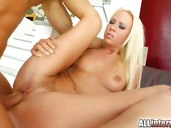 Carla coxs squirts as two guys fuck her pussy