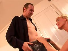 Blonde Cougar Darryl Hanah Object Both Fuckholes Banged