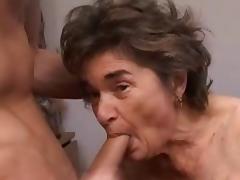 Amateur Granny R20